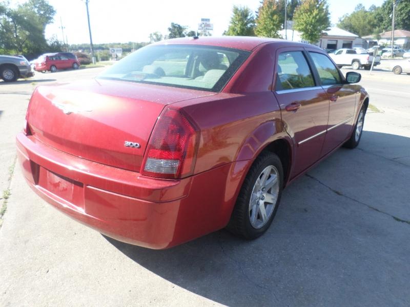 Chrysler 300-Series 2007 price $5,995