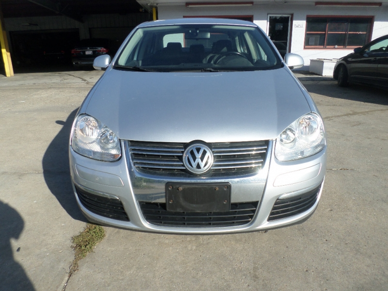 Volkswagen Jetta Sedan 2008 price $5,995