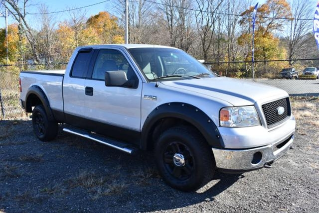 Ford F-150 2006 price $7,999