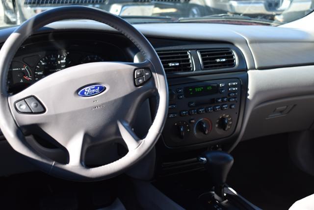 Ford Taurus 2000 price $4,999