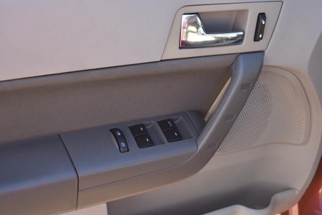 Ford Focus 2010 price $2,795