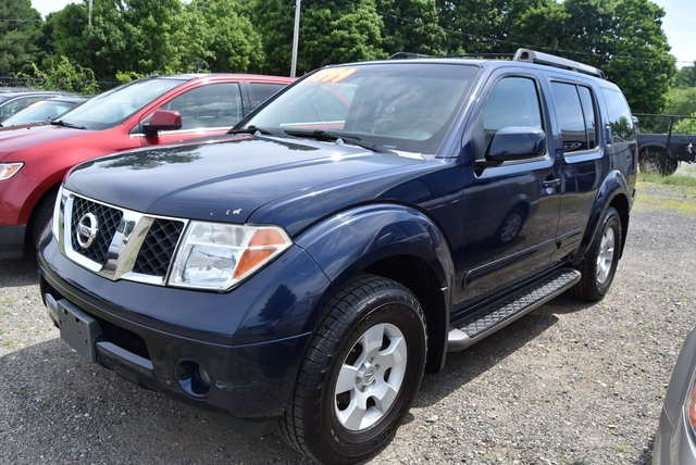 Nissan Pathfinder 2006 price $6,999