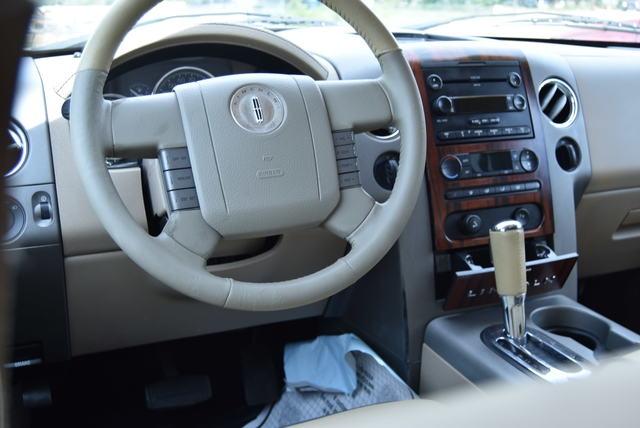 Lincoln Mark LT 2006 price $13,999