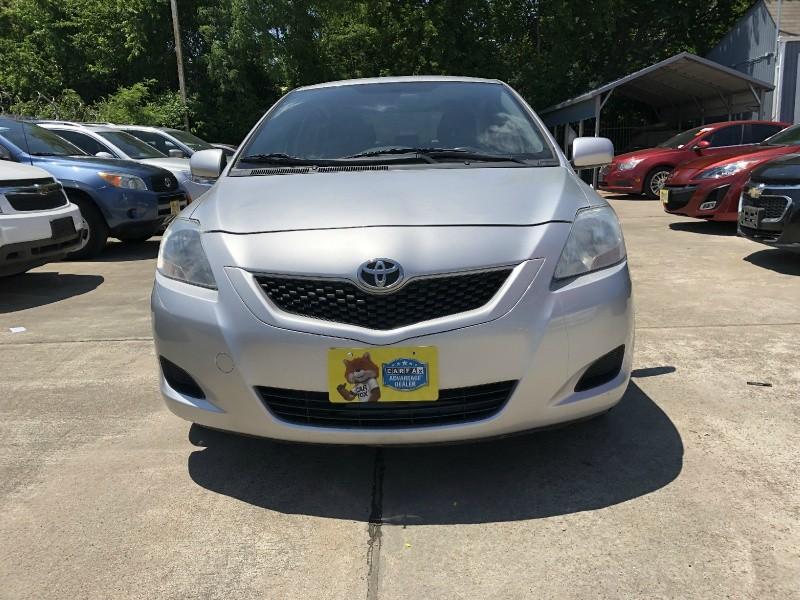 Toyota Yaris 2012 price $5,999