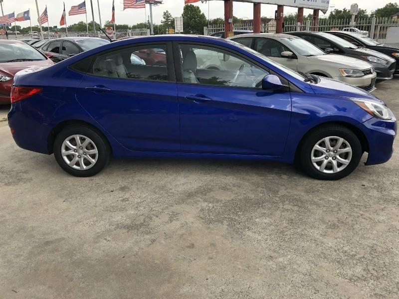 Hyundai Accent 2013 price $5,888