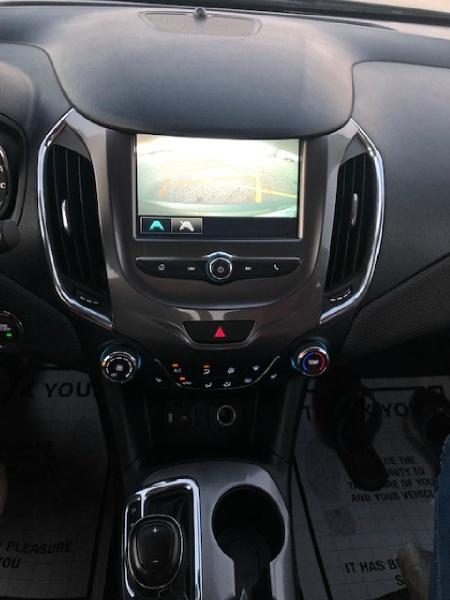 Chevrolet Cruze 2018 price $11,988