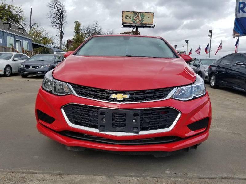 Chevrolet Cruze 2017 price $9,988