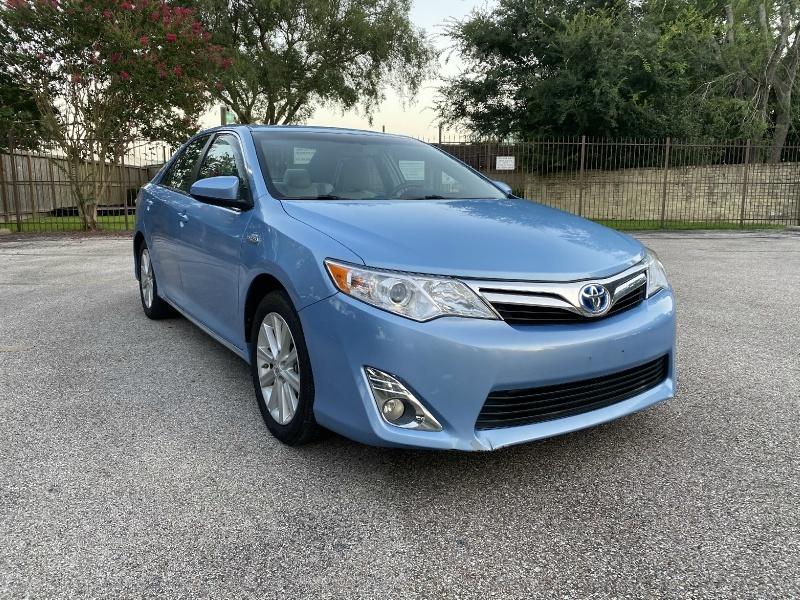 Toyota Camry Hybrid 2012 price $10,750