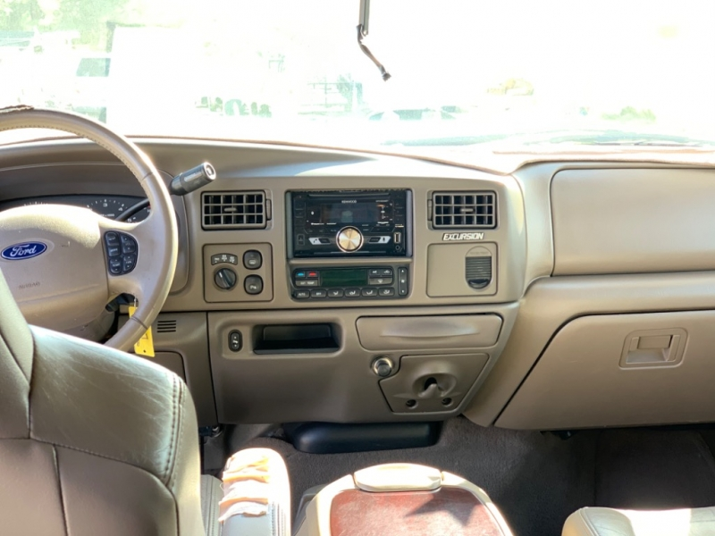 Ford Excursion 2003 price $9,995