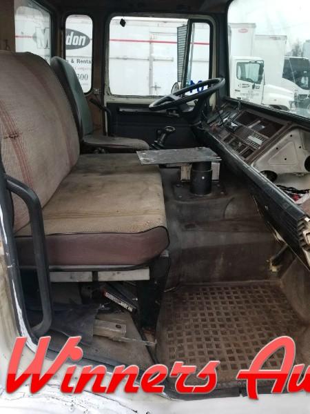 Mack  1988 price $5,995