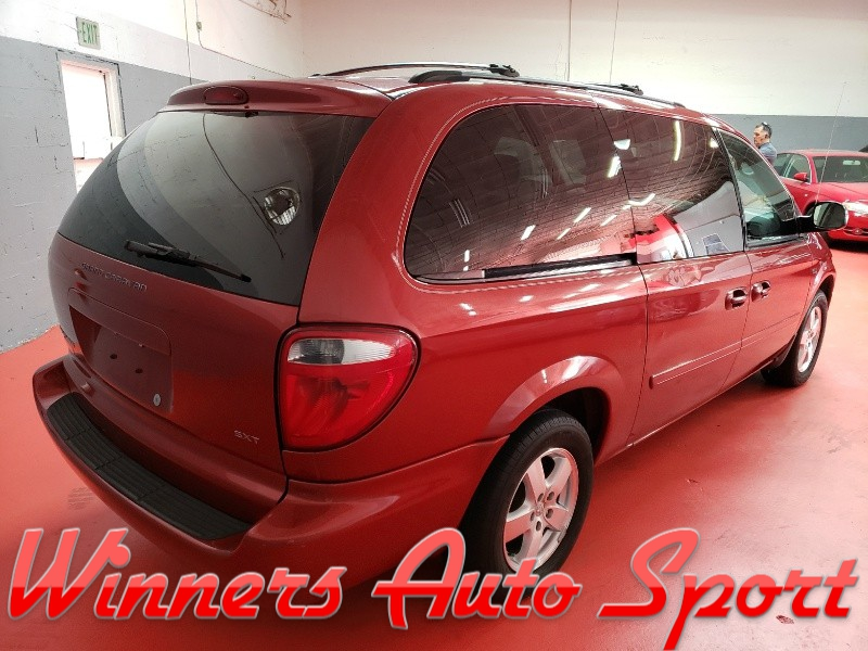 Dodge Grand Caravan 2007 price $3,495