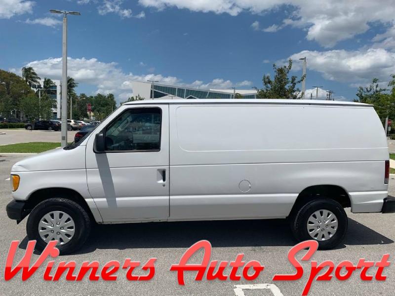 Ford Econoline Cargo Van 2003 price $5,495