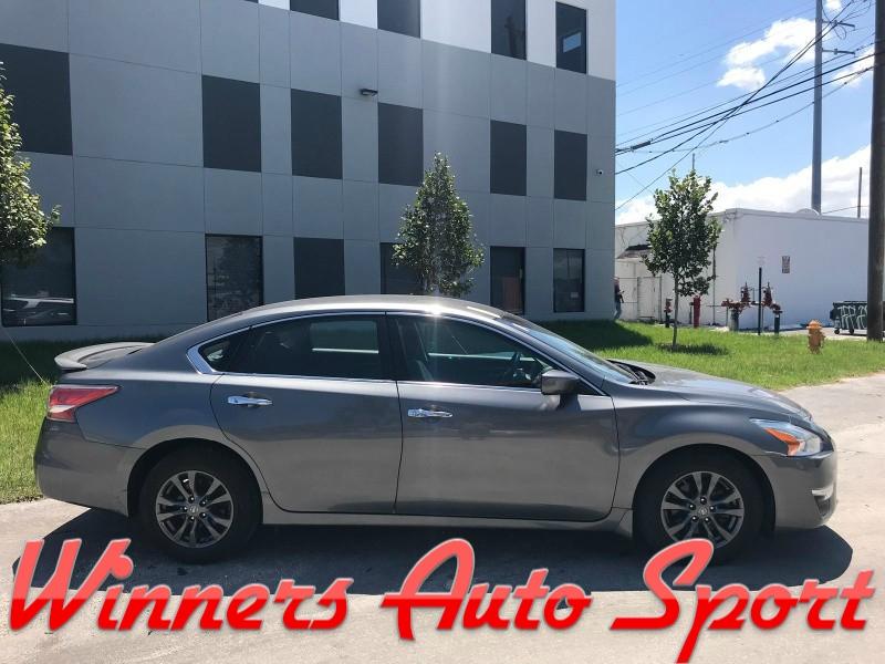 Nissan Altima 2015 price $11,495
