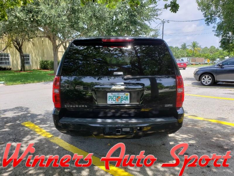 Chevrolet Suburban 2009 price $10,995