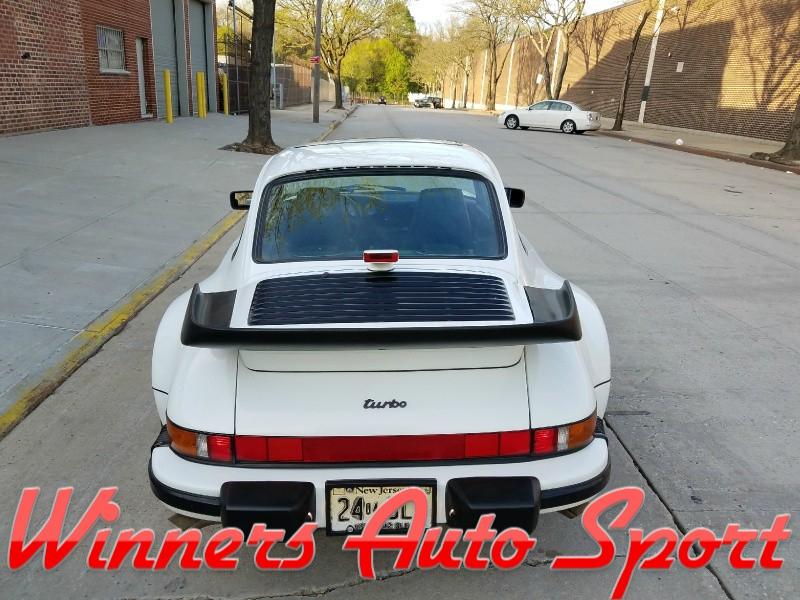 Porsche 911 1986 price $72,995