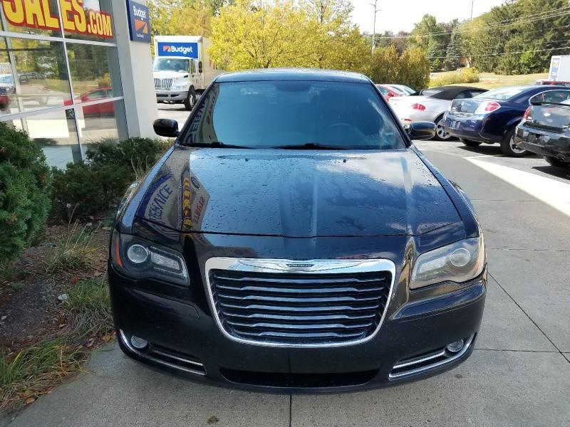 Chrysler 300 2013 price $11,500