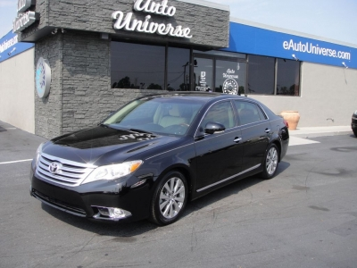 TOYOTA AVALON LIMITED 2011