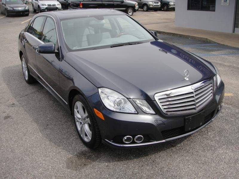 Mercedes-Benz E350 4MATIC 2010
