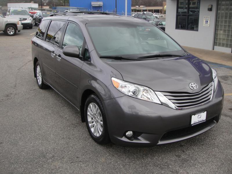 Toyota SIENNA XLE PREMIUM 2015