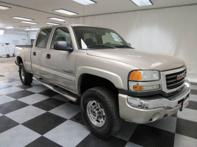 GMC Sierra 2500HD 2006 price $12,999