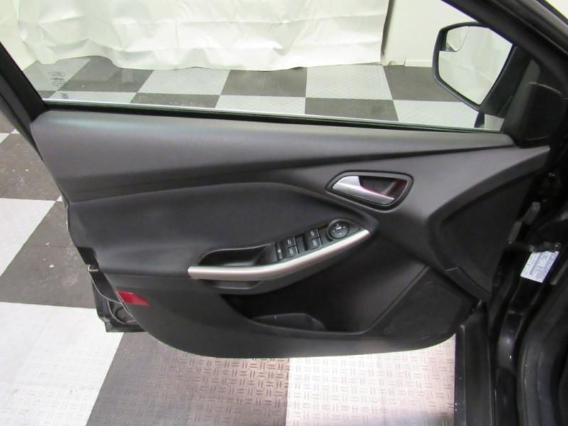 Ford Focus 2012 price $5,895