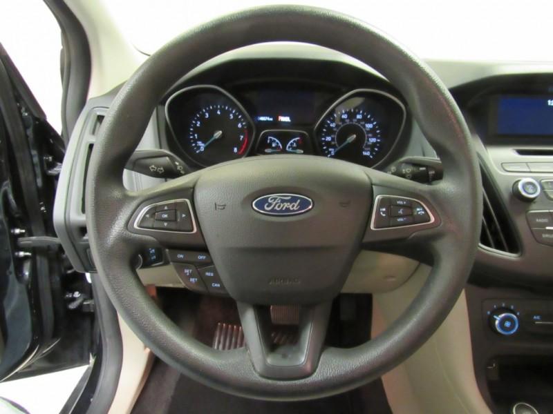 Ford Focus 2017 price $10,499