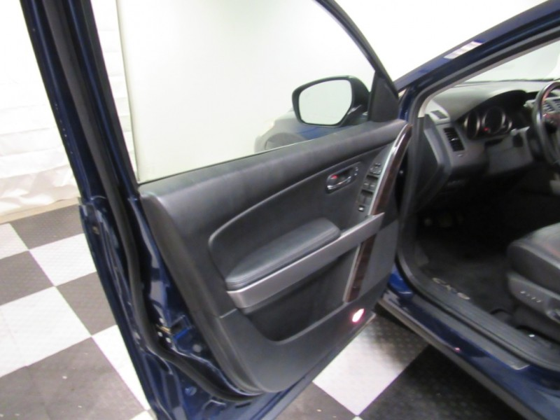 Mazda CX-9 2011 price $8,992