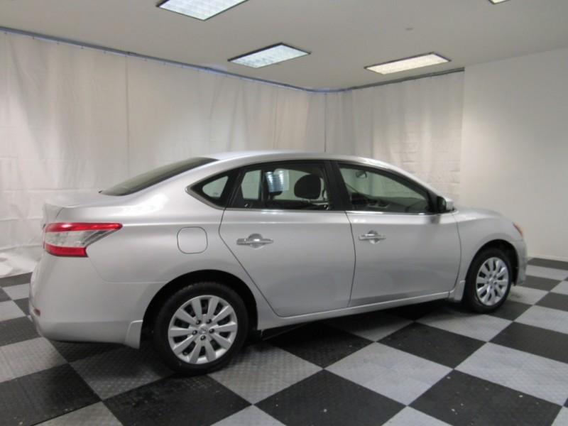 Nissan Sentra 2015 price $8,992