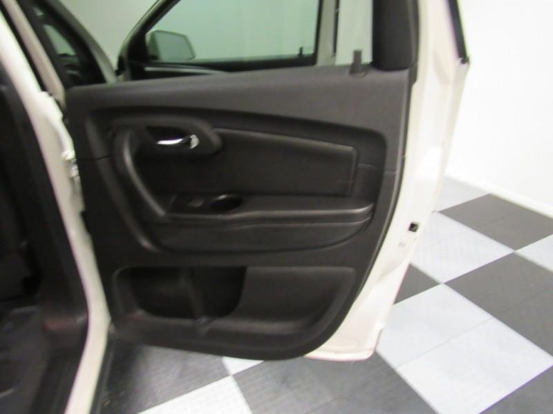 Chevrolet Traverse 2012 price $8,999