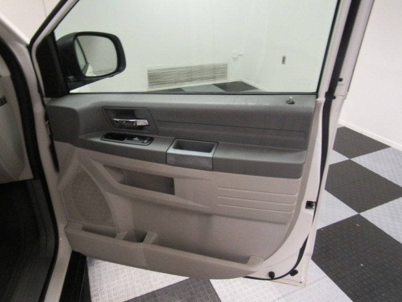 Dodge Grand Caravan 2009 price 5995