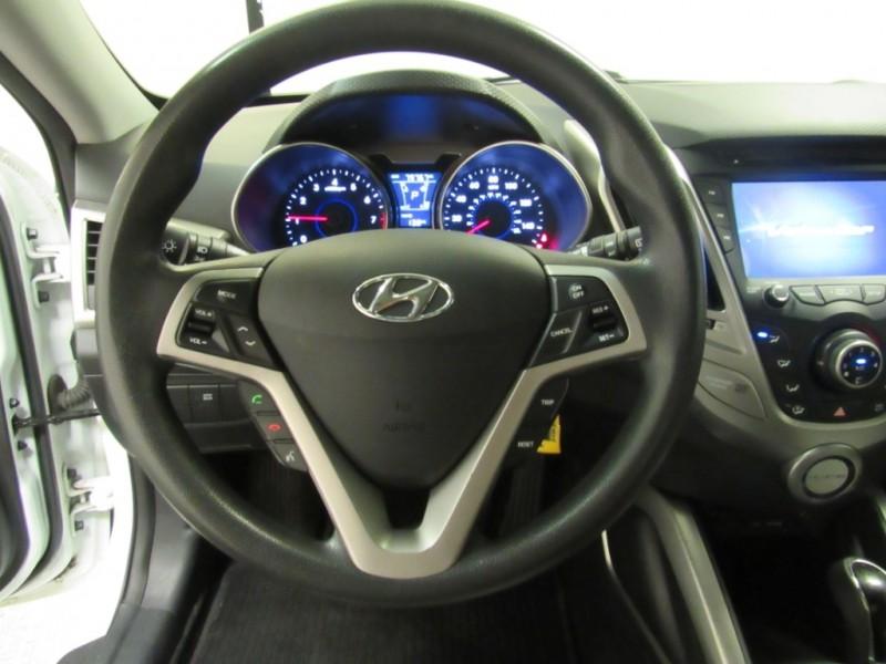 Hyundai Veloster 2012 price $7,922