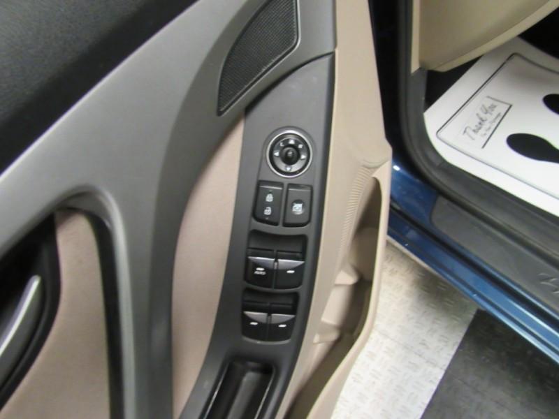 Hyundai Elantra 2016 price $9,922