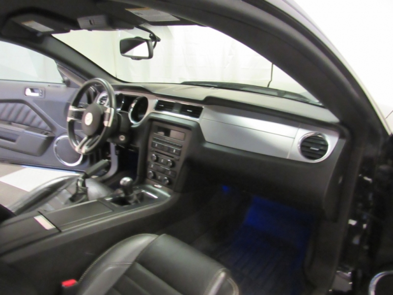 Ford Mustang 2010 price $9,995