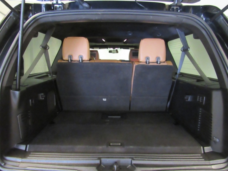 Lincoln Navigator L 2012 price $15,995