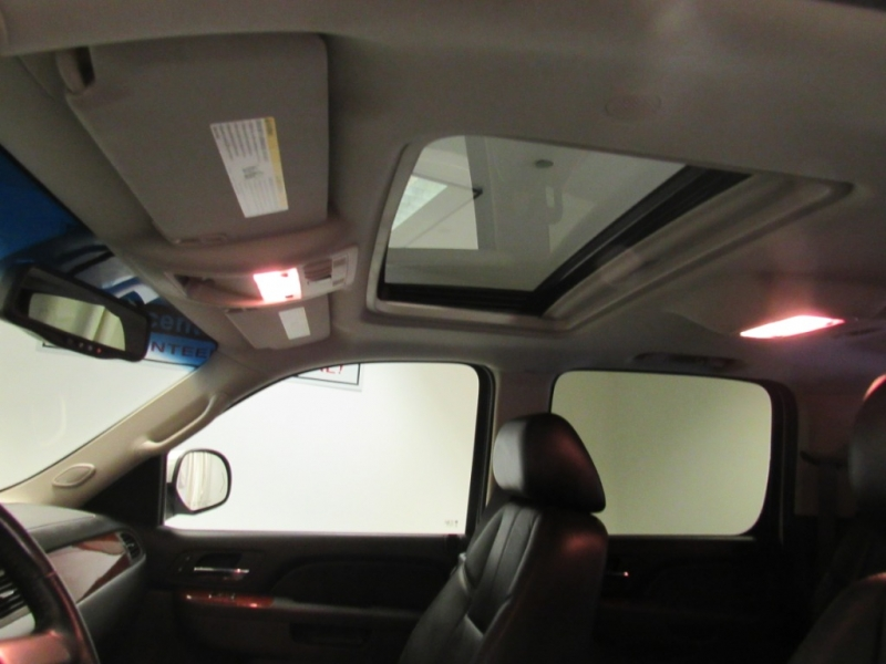 Chevrolet Suburban 2011 price $12,999