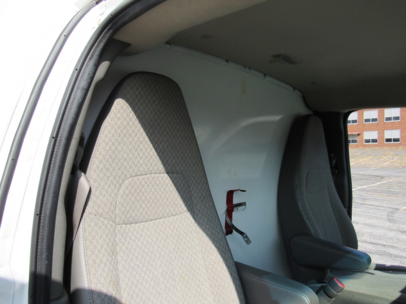 Chevrolet Express Commercial Cutaway 2014 price $9,999