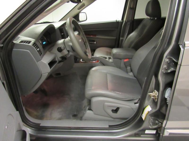 Jeep Grand Cherokee 2007 price $7,999