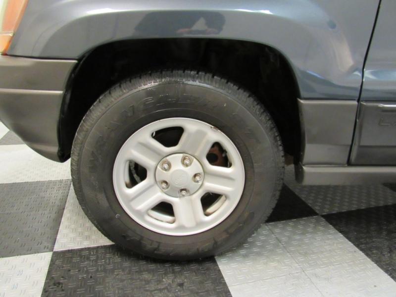 Jeep Grand Cherokee 2001 price $2,995