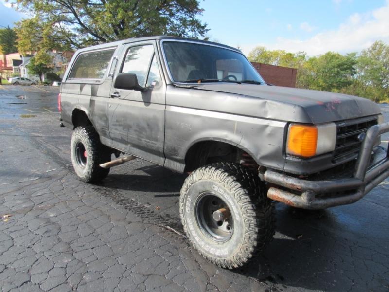Ford Bronco 1993 price $1,500