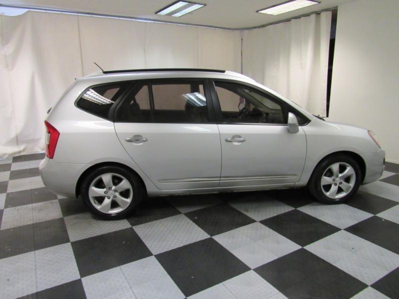 Kia Rondo 2007 price $3,495