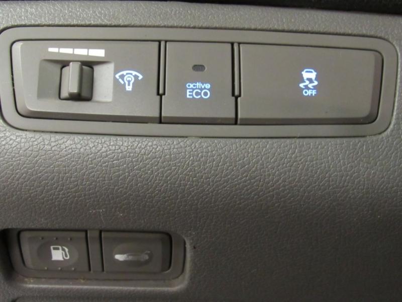 Hyundai Sonata 2013 price $5,999
