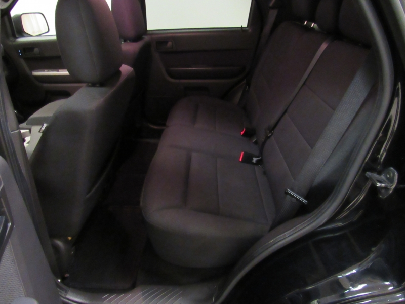 Ford Escape 2010 price $6,984
