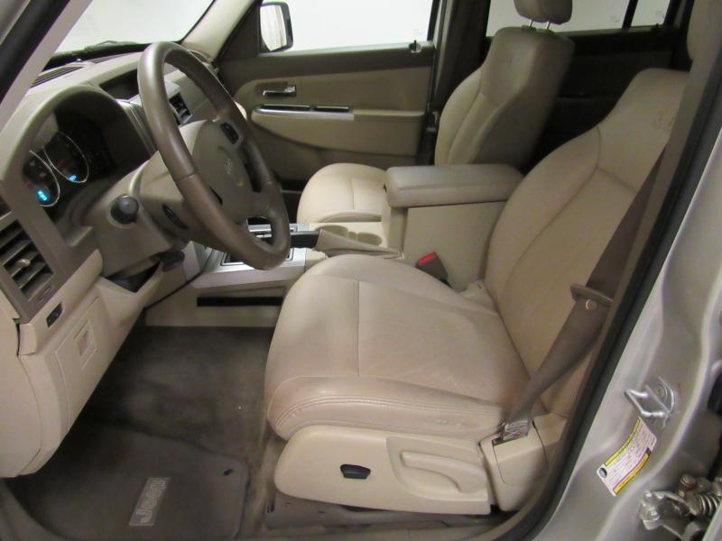 Jeep Liberty 2009 price $4,961