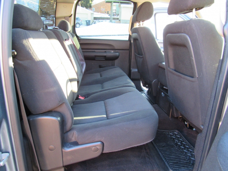 Chevrolet Silverado 4X4 2011 price $19,410