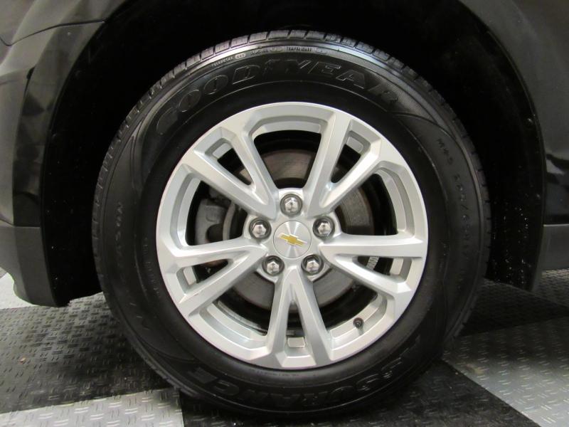 Chevrolet Equinox 2017 price $11,935