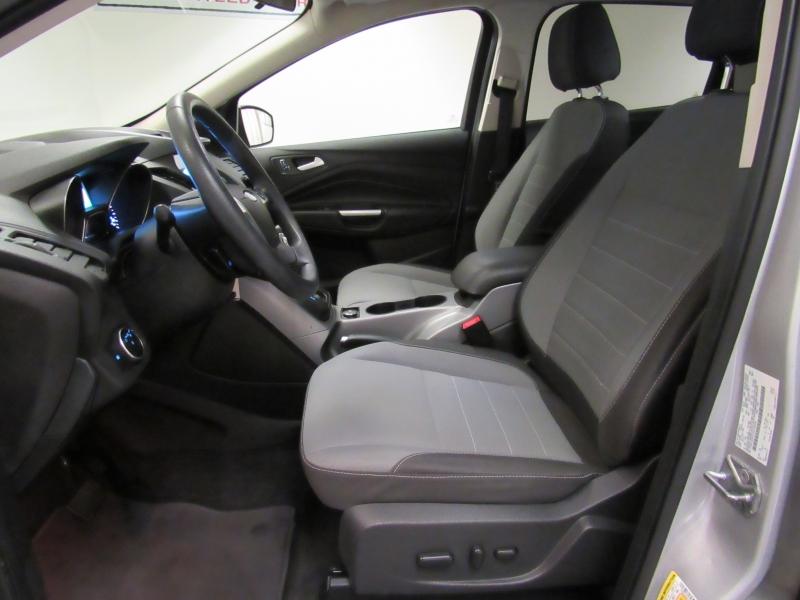 Ford Escape 2016 price $9,995