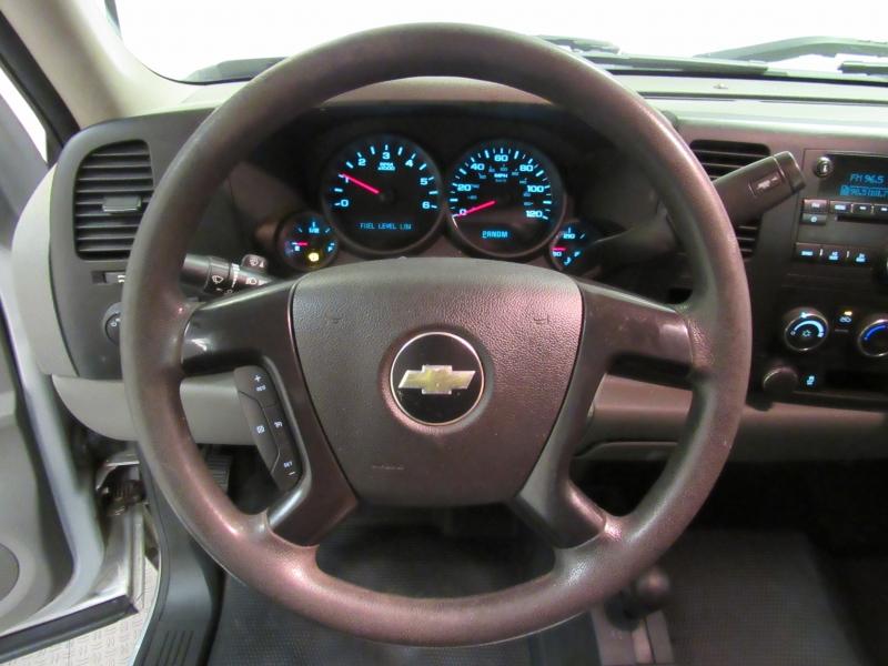 Chevrolet Silverado 1500 4x4 2013 price $10,995