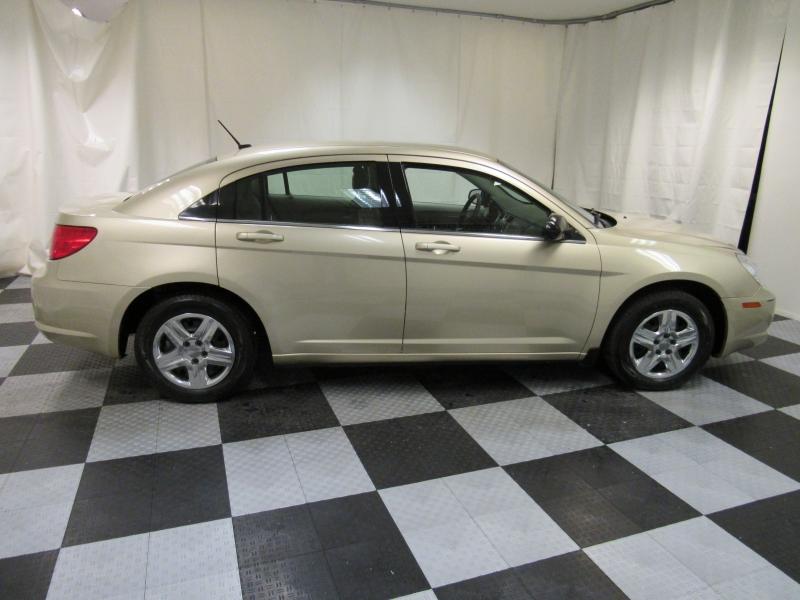 Chrysler Sebring 2010 price $2,995
