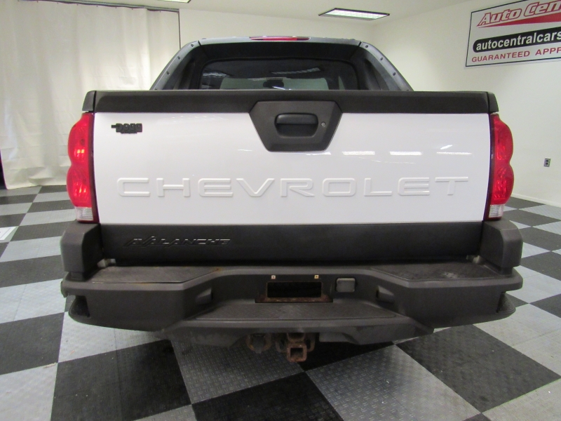 Chevrolet Avalanche 2004 price $6,995