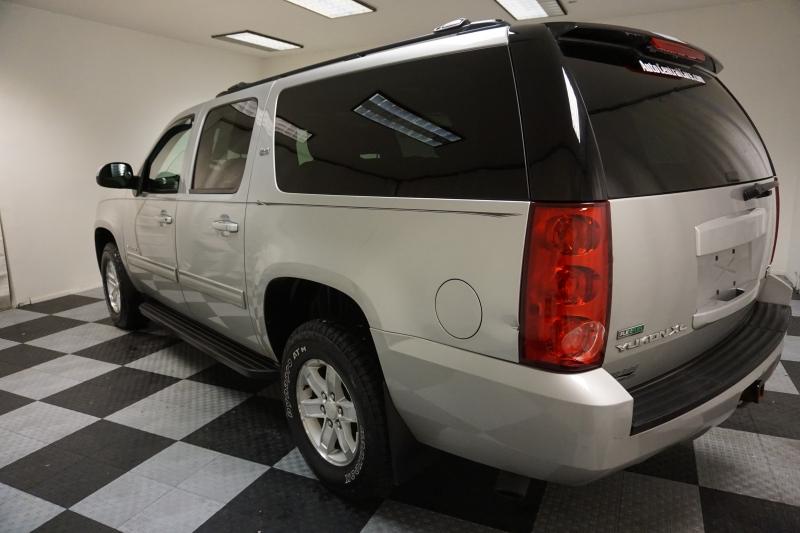 GMC Yukon XL 2011 price $8,995